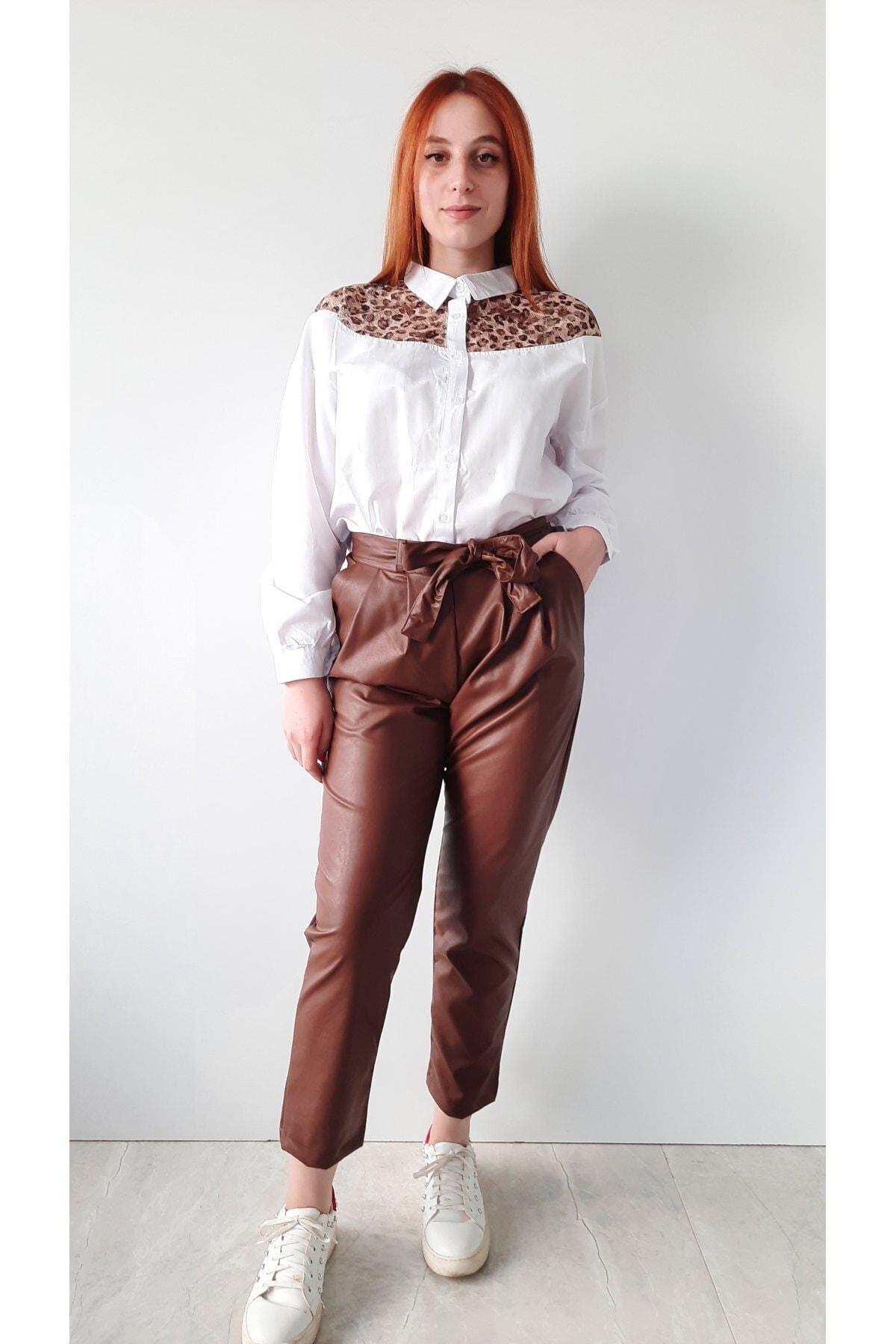 BEBE PLUS Kadın Taba Deri Kemerli Havuç Pantolon 1
