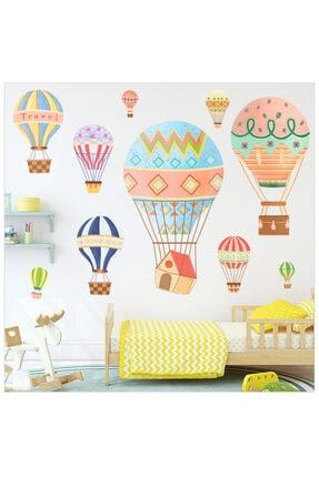 Famelya Renkli Uçan Balonlar Bebek & Çocuk Odası Duvar Sticker Çıkartma Seti