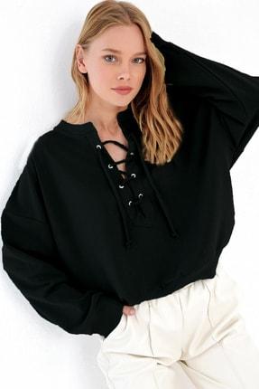 Trend Alaçatı Stili Kadın Siyah Önü Bağcıklı Oversıze Sweatshırt MDA-1029