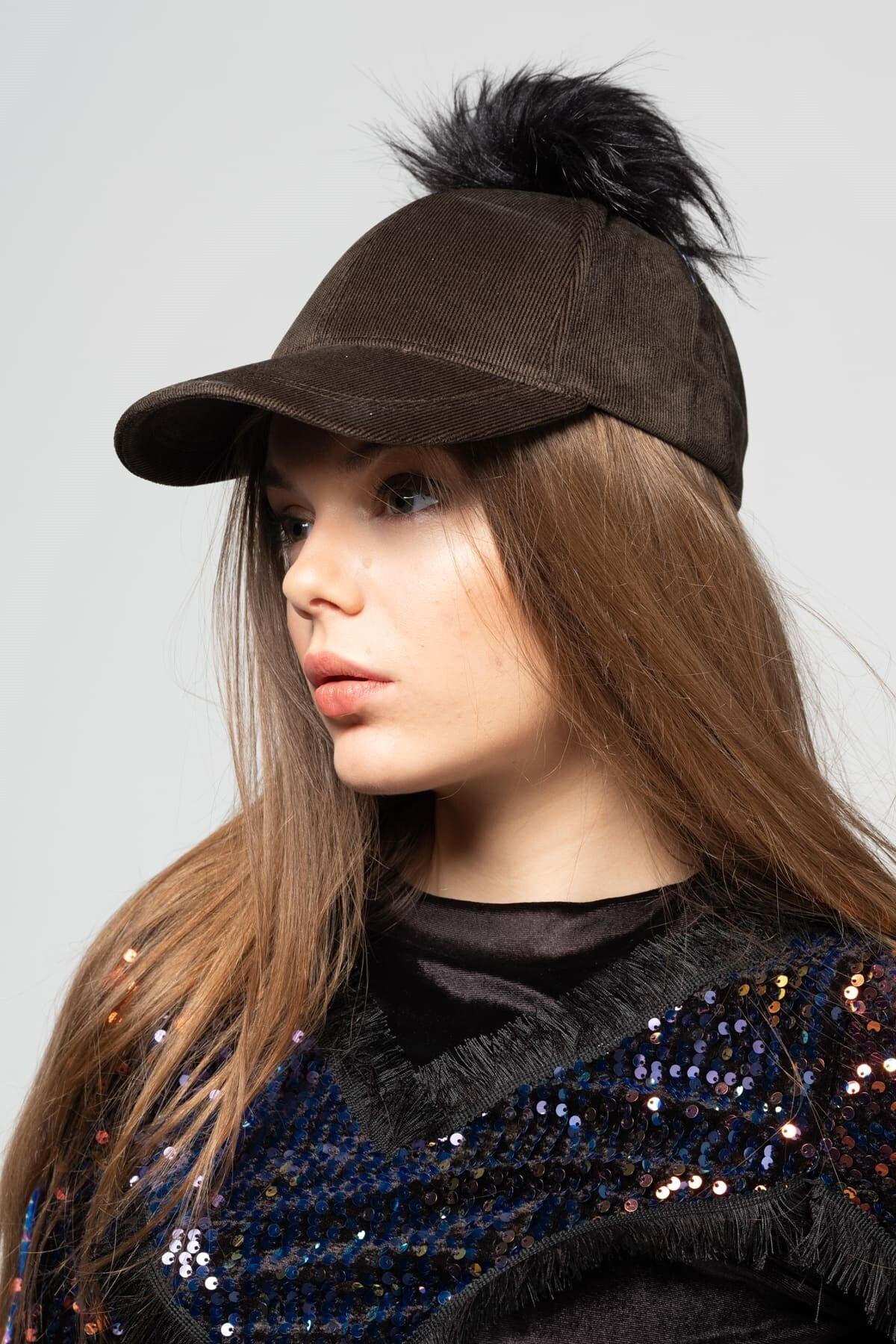 Mossta Kadın Haki Kadife Ponponlu Şapka 2