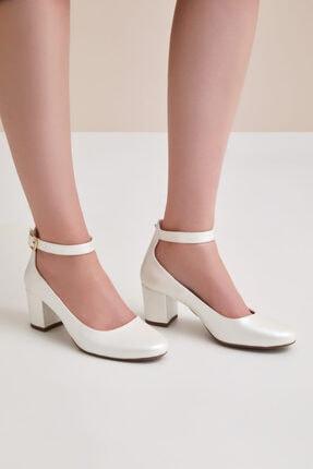 Oleg Cassini Kadın Fildişi Bilekten Bağlı Orta Boy Topuklu Gelin Ayakkabısı