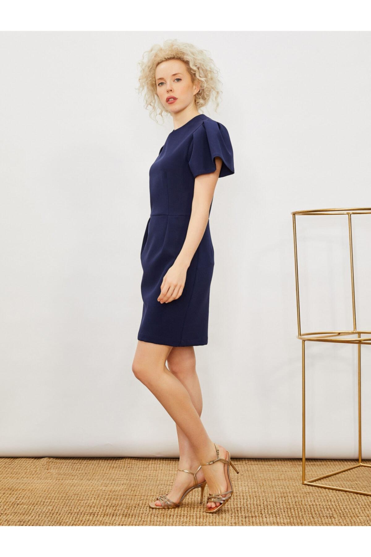 Vekem Kadın Lacivert Balon Kol Pili Detaylı Elbise 1
