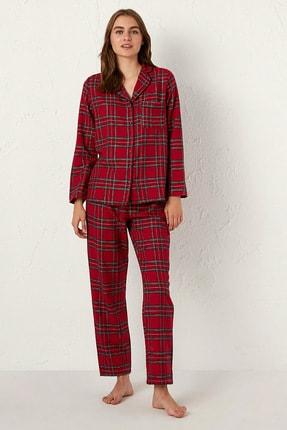 LC Waikiki Kadın Kırmızı Ekoseli Pijama Takım 0WAA00Z8