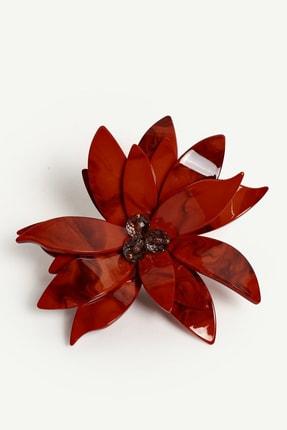 Yargıcı Kadın Turuncu Çiçek Form Akrilik Broş 0KKBJ8144X