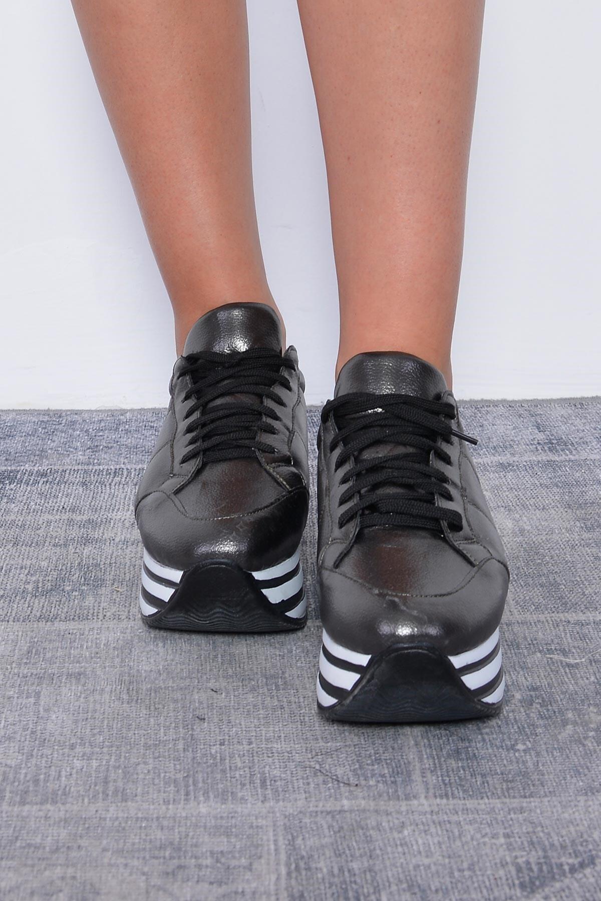 Mossta Kadın Siyah Kalın Taban Spor Ayakkabı 2