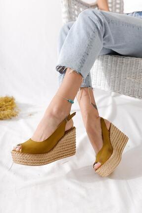 Limoya Kadın Bej Çapraz Detaylı Bilekten Bağlamalı Şeffaf Bantlı Şeffaf Ökçeli Sandalet
