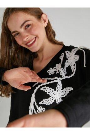 Faik Sönmez Çiçek Nakışlı Triko Bluz 63542