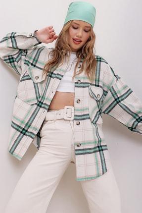 Trend Alaçatı Stili Kadın Yeşil Ekose Desenli Kaşe Pamuklu Oversize Ceket Gömlek ALC-X7142