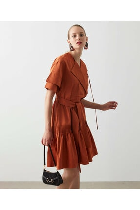 İpekyol Farklı Bağlama Detaylı Elbise