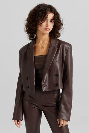Bershka C. Tangana X Bershka Kadın Kahverengi Crop Suni Deri Blazer