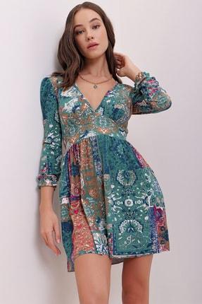 Trend Alaçatı Stili Kadın Yeşil Karpuz Kollu Etnik Desenli Yumuşak Dokulu Elbise ALC-X7147