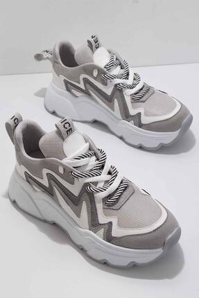 Bambi Gri Süet Kadın Sneaker K01813001065