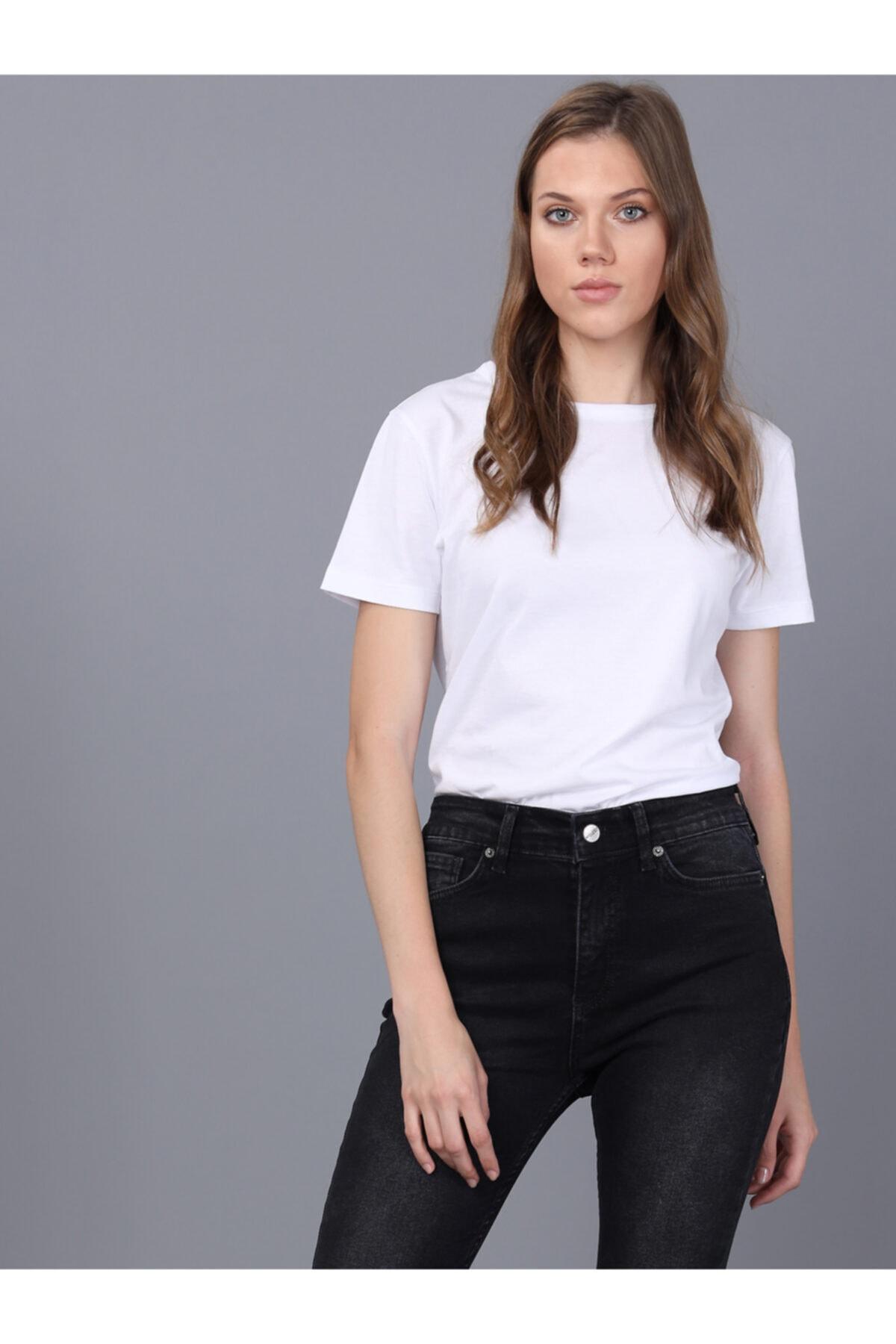 Basics&More Kadın Beyaz Bisiklet Yaka T-shirt 1