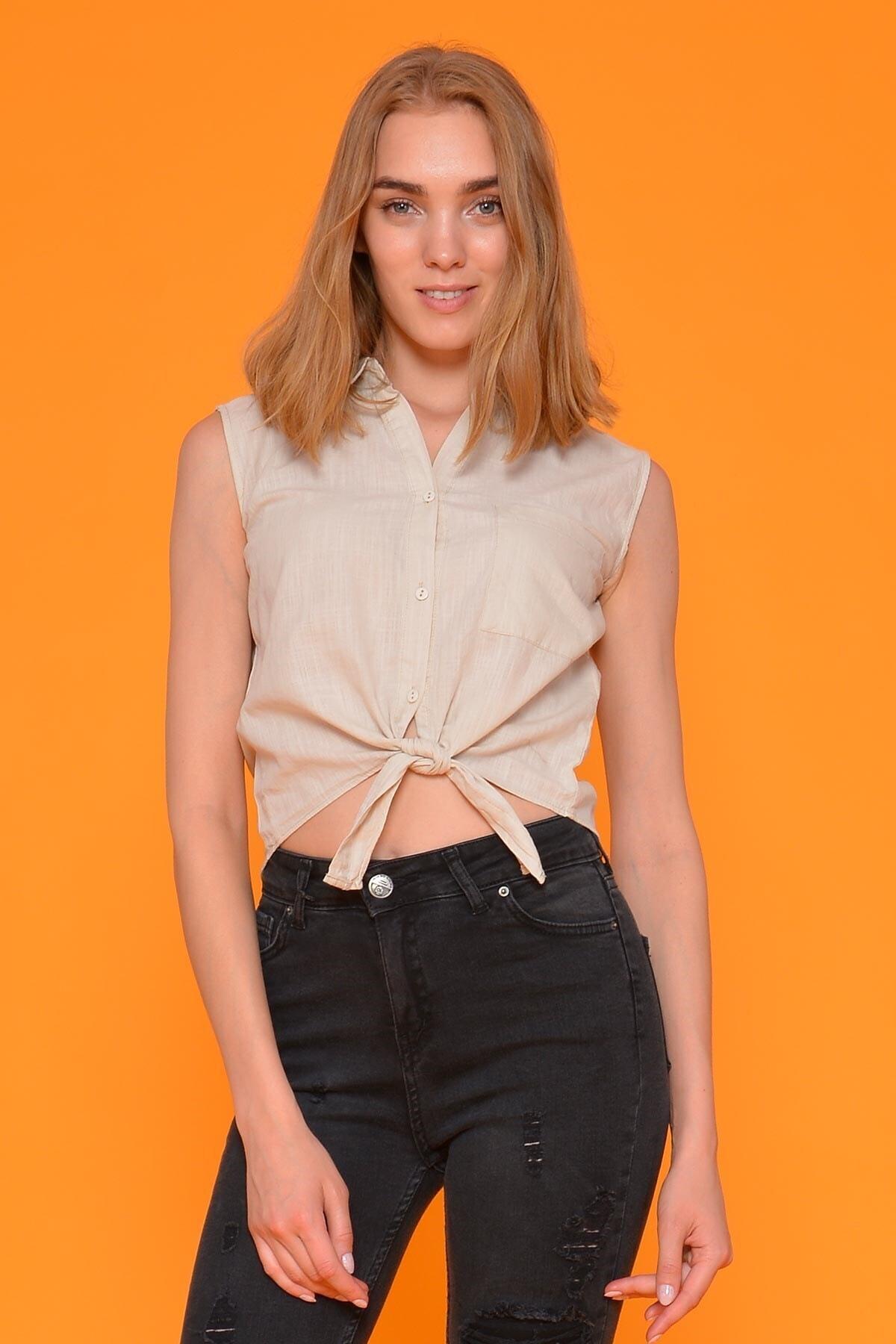 Mossta Kadın Bej Sıfır Kol Bağlamalı Gömlek 1