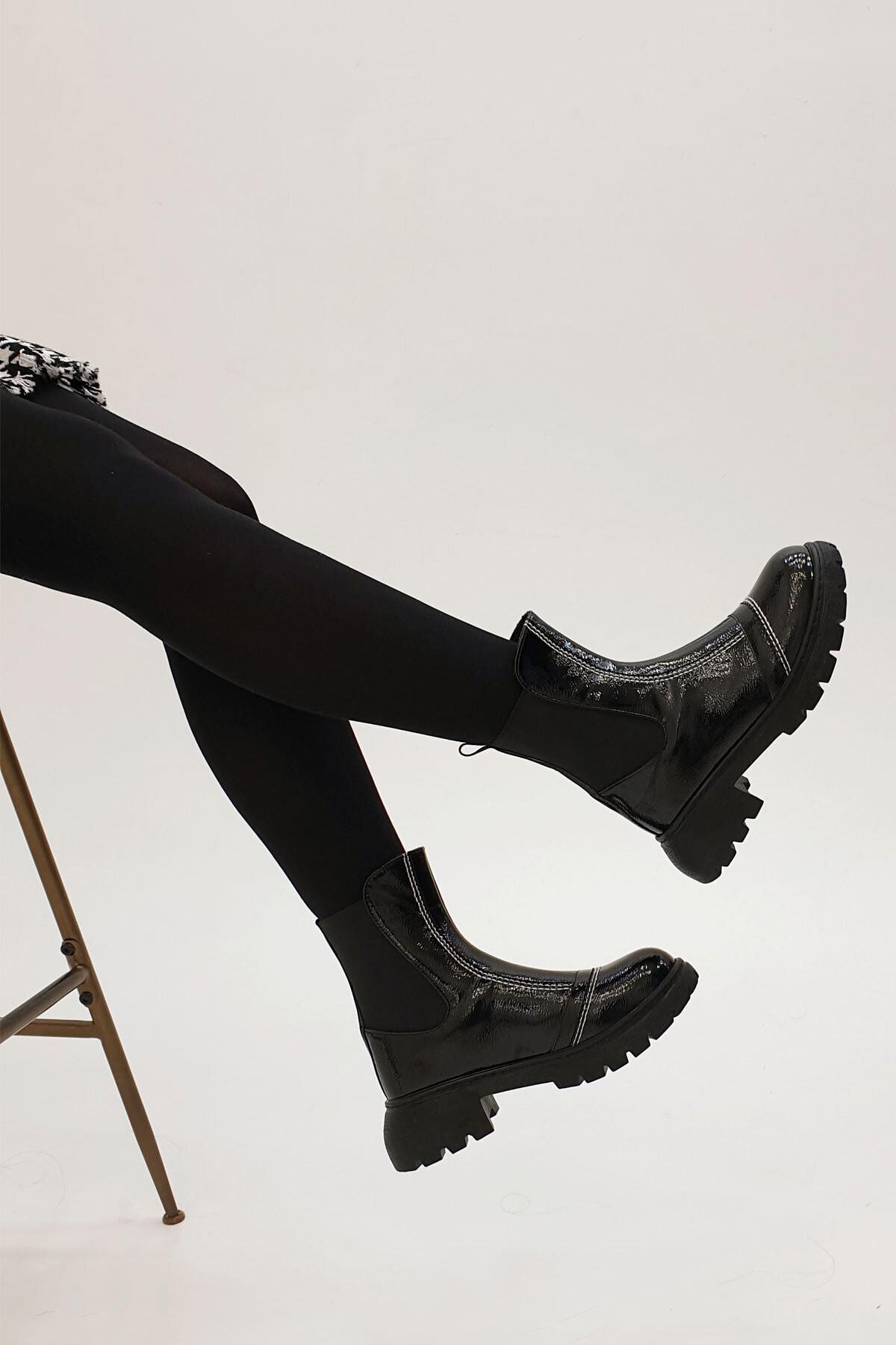 Marjin Kadın Siyah Derla Günlük Rugan Bot 2