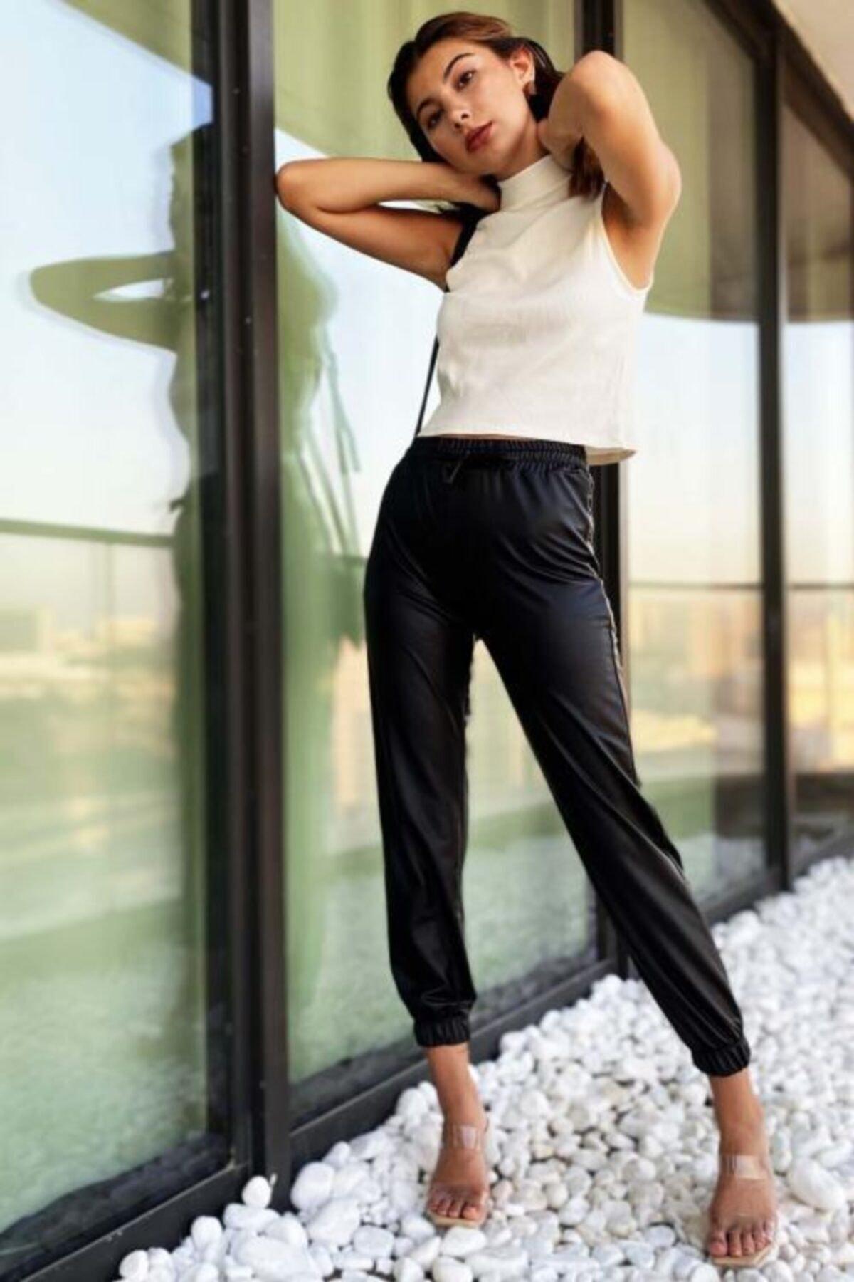 PUCKA FASHION Kadın Siyah Beli Ve Paçası Lastikli Deri Jogger Pantolon 1