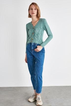 TRENDYOLMİLLA Mavi Yıkamalı Yüksek Bel Mom Jeans TWOAW21JE0687