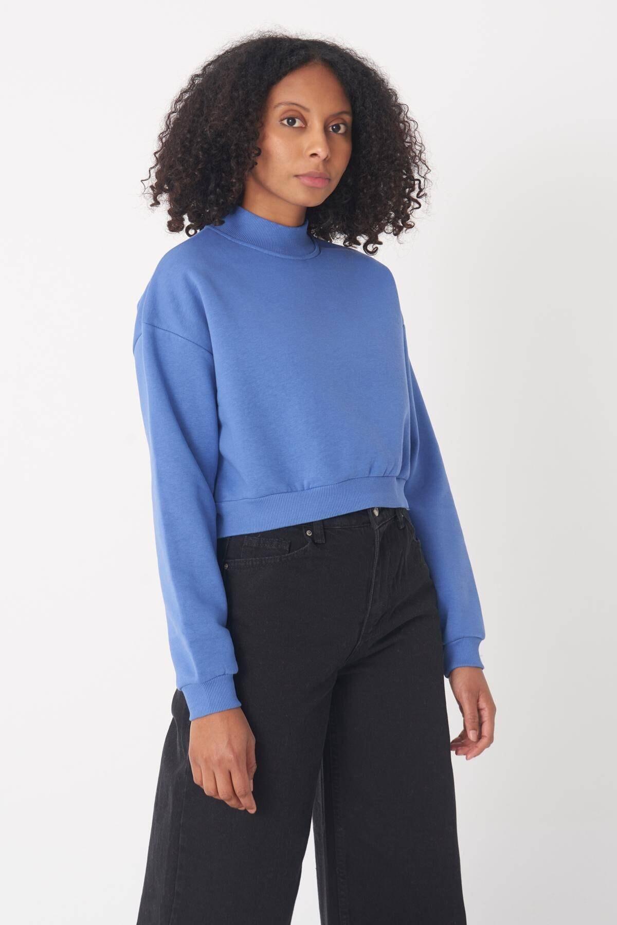 Addax Kadın Mavi Yarım Balıkçı Yaka Kısa  Sweatshirt S8625 - B9 ADX-0000020605 1
