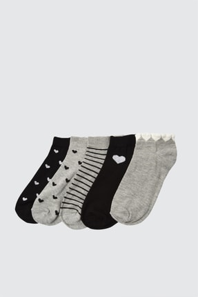 TRENDYOLMİLLA Gri ve Siyah Dsenli 5'li Örme Çorap TWOAW21CO0144