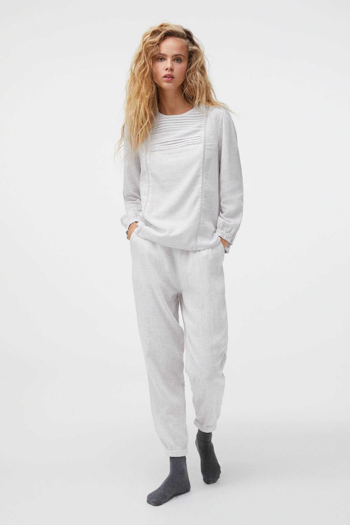 Oysho Kadın Açik Gri %100 Pamuklu Işlemeli Gri Pantolon