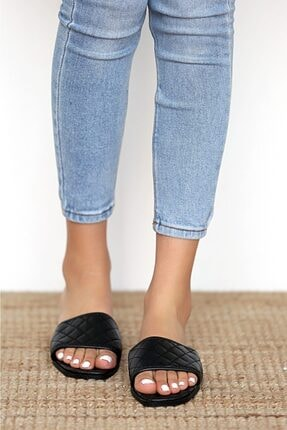Pembe Potin Kadın Siyah Sandalet