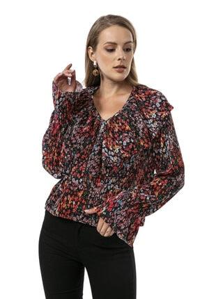 Modagusto Kırmızı V Yaka Çiçek Desenli Fırfırlı Bluz