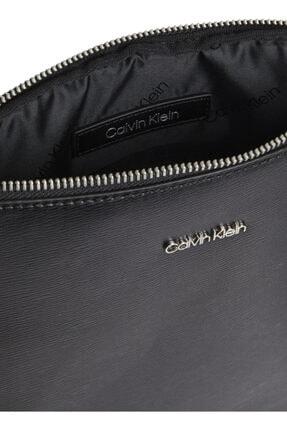 Calvin Klein Postacı Ça, Standart, Siyah