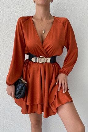 ERA MORE Kadın Kiremit Kruvaze Yaka Volanlı Etek Saten Mini Elbise