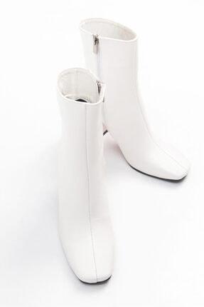 Niloshka Tilla Beyaz Rugan Kadın Bot