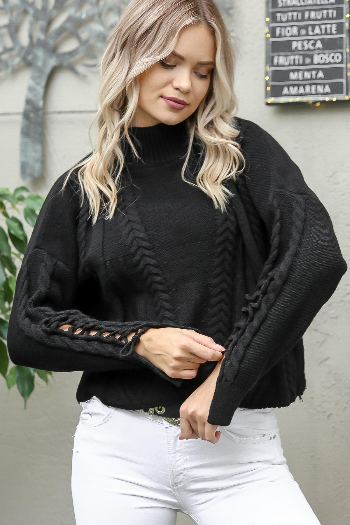 Chiccy Kadın Siyah Vintage Yarım Balıkçı Saç Örgü Desenli Kolları Biye Detaylı Triko Kazak M10010800KZ99405