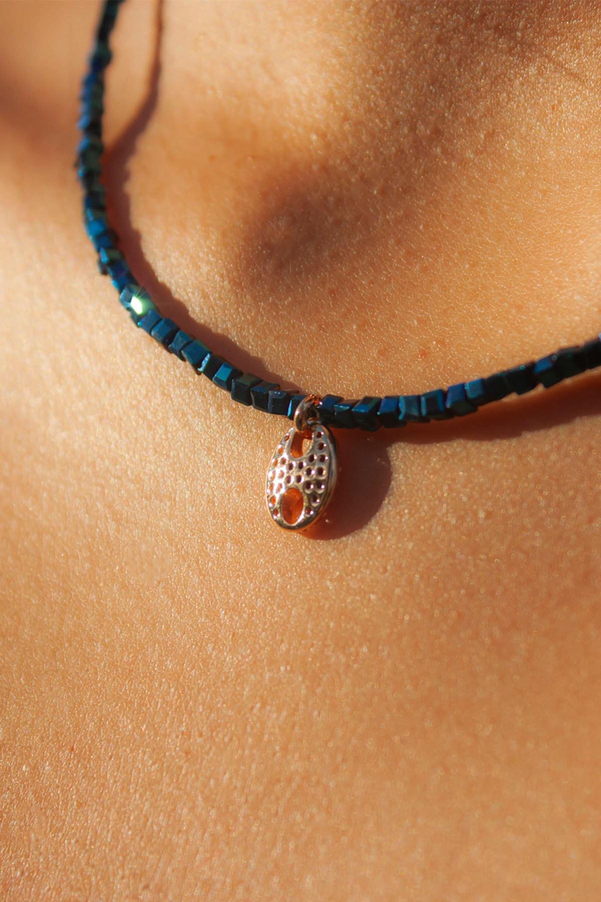 La Percha Design Ince Lacivert Kare Kristal Taşlı Gold Zirkon Taş Düğmeli Kolye 2