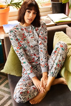 Olalook Kadın Gri Kırmızı Çiçekli Pijama Takımı PJM-00000003