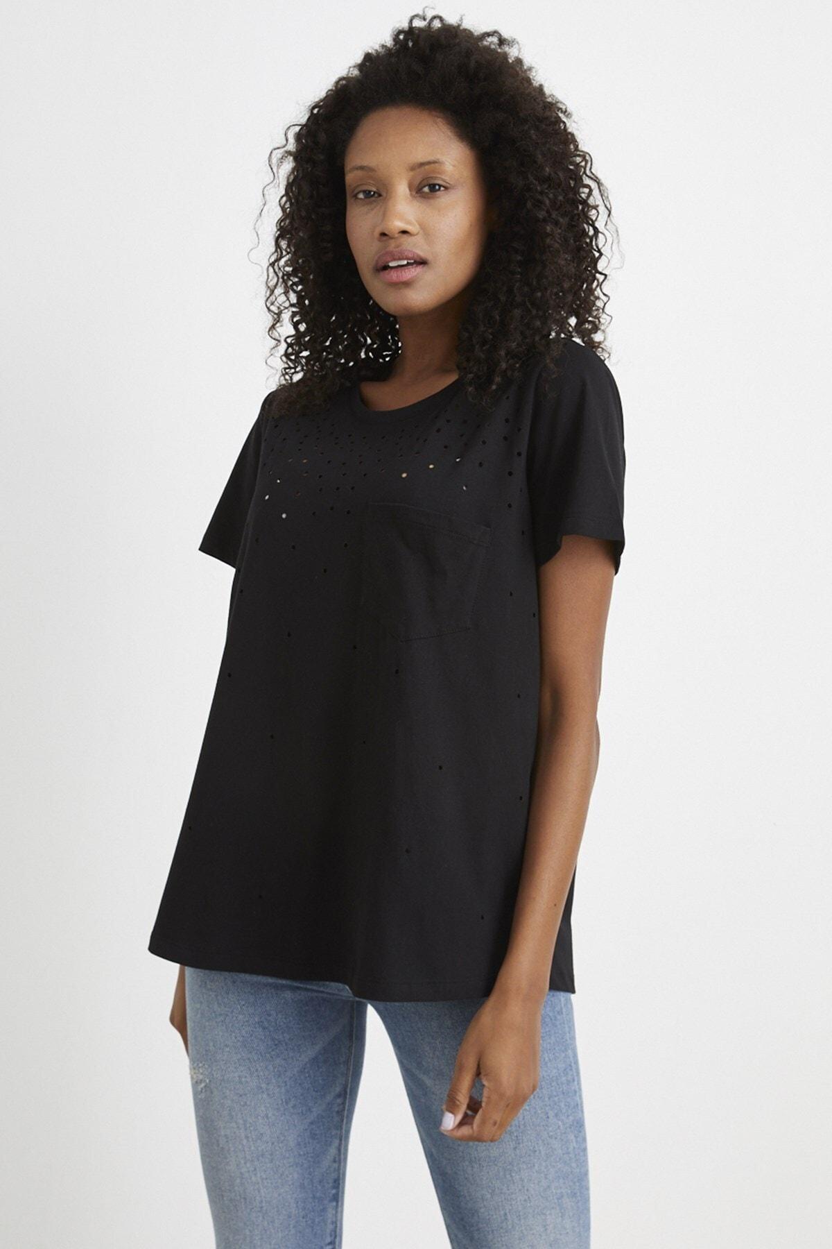 Curly Store Kadın  Siyah Yırtık Detaylı T-shırt 1