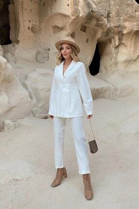 Eka Kadın Beyaz Tek Düğme Ceketli Takım 1007-0127