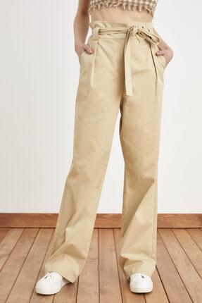 Love My Body Kadın Bej Pile Detaylı Kuşaklı Pantolon