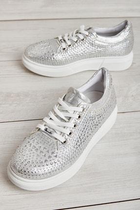 Bambi Gümüş Kadın Sneaker L05129990