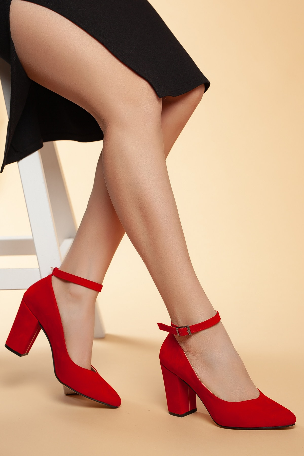Daxtors Kırmızı-Süet Kadın Klasik Topuklu Ayakkabı DXTRSWMNYK715 1