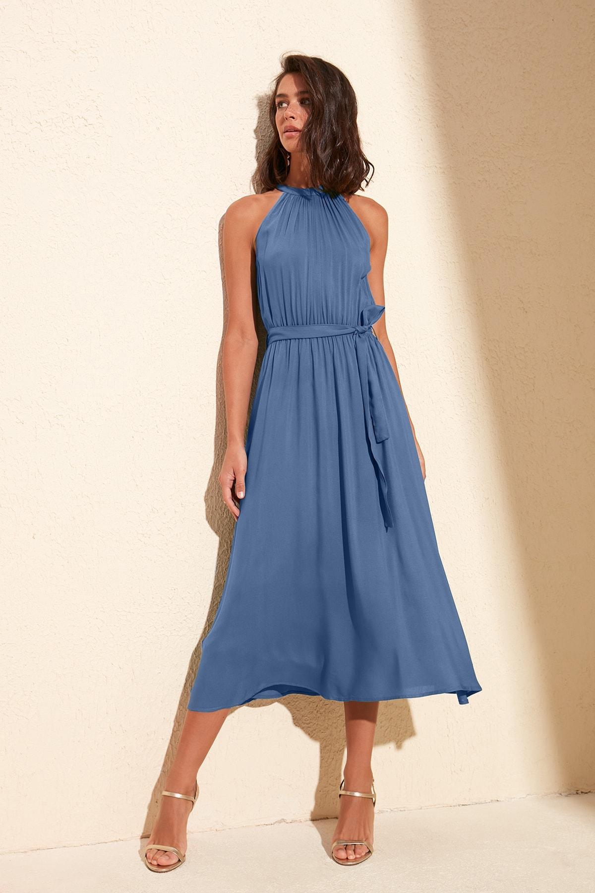 TRENDYOLMİLLA Indigo Kuşaklı Elbise TWOSS19EL0155 1