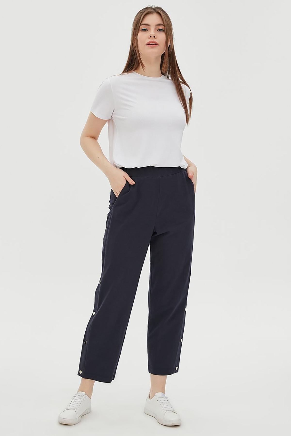 Kayra Yandan Çıt Çıt Detaylı Pantolon Lacivert B20 19044
