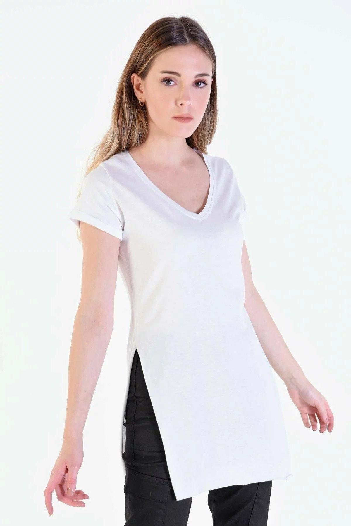 Eka Kadın Beyaz V Yaka Kısa Kol Yırtmaçlı T-shirt 1