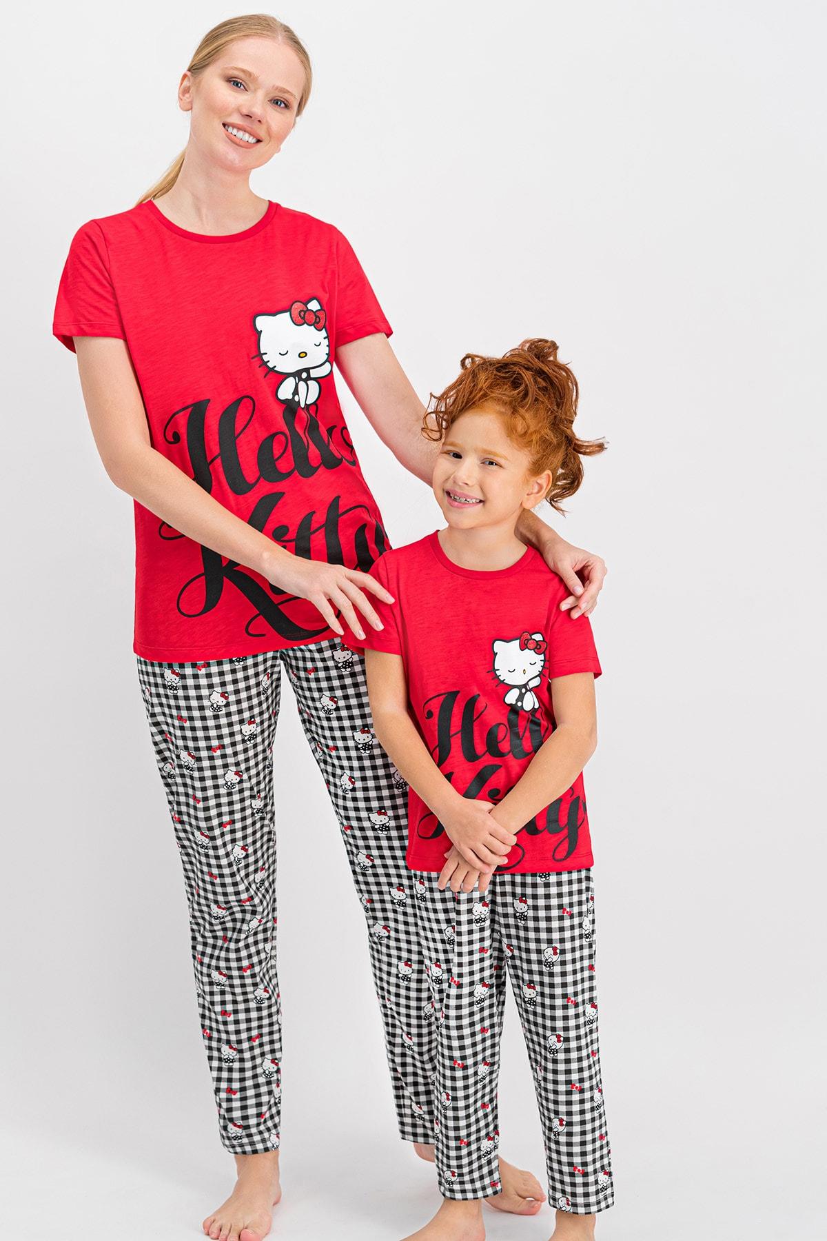 Hello Kitty Kadın Lisanslı Kırmızı Pijama Takımı 2
