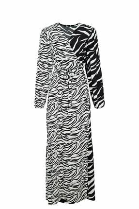 DeFacto Kadın Siyah Desenli Dokuma Elbise R4349AZ.20SP.BK27