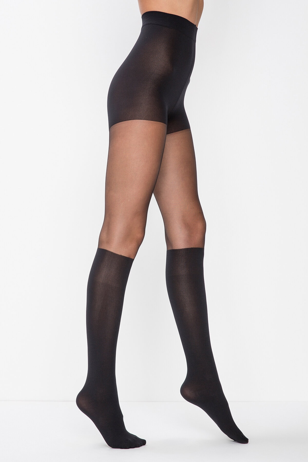 Penti Kadın Siyah Çizme Külotlu Çorabı
