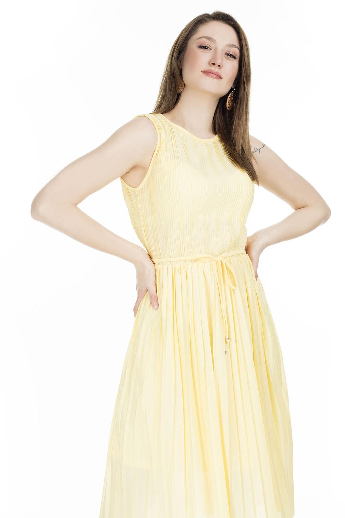 Only Kadın Pileli Elbise
