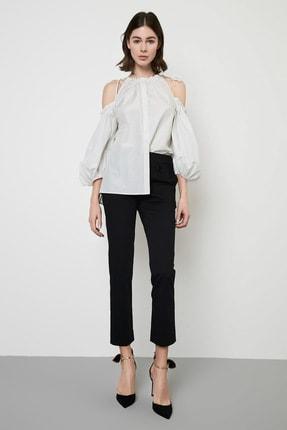 Machka Kadın Boyundan Biye İle Büzgülü Poplin Gömlek MS1190025011082
