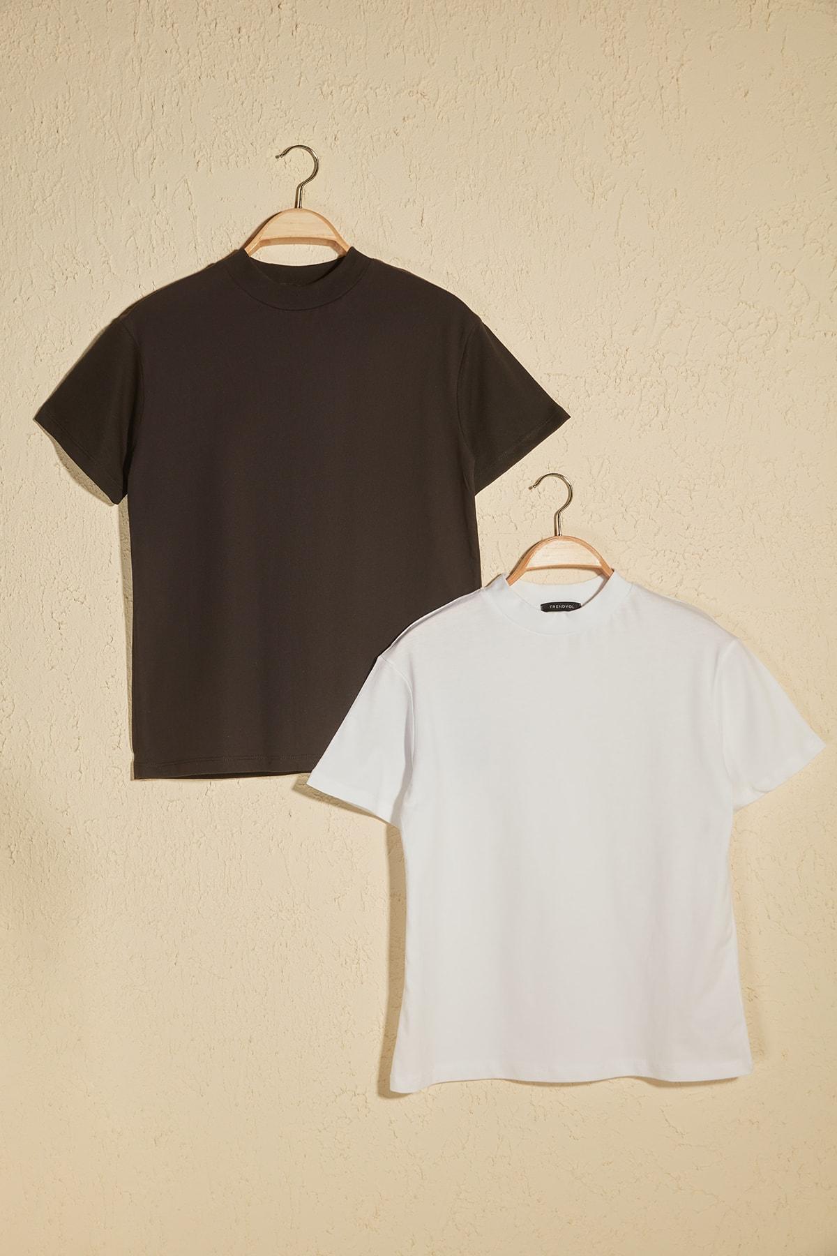 TRENDYOLMİLLA Beyaz ve Siyah Dik Yaka 2'li Paket Basic Örme Tshirt T-Shirt TWOSS20TS1500 1