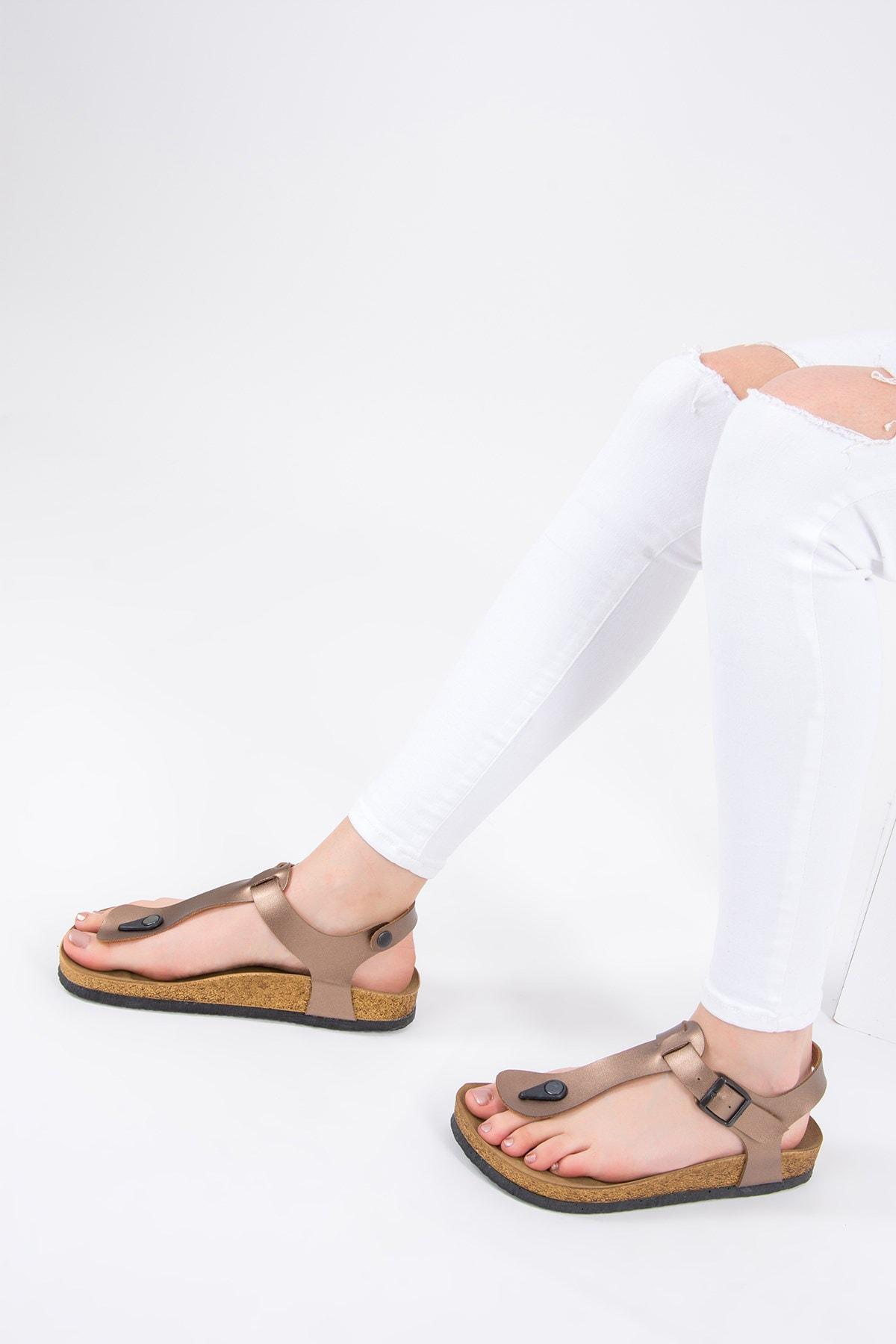 Fox Shoes Bronz Kadın Sandalet B777805009 2