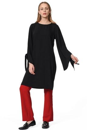 Mizalle Kadın Siyah Yırtmaç Detaylı Tunik 18KGMZL1014021