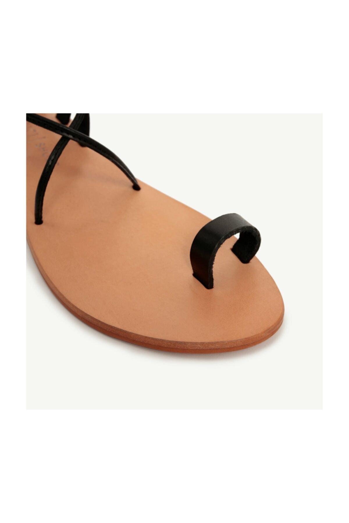 Yargıcı Deri Sandalet 2