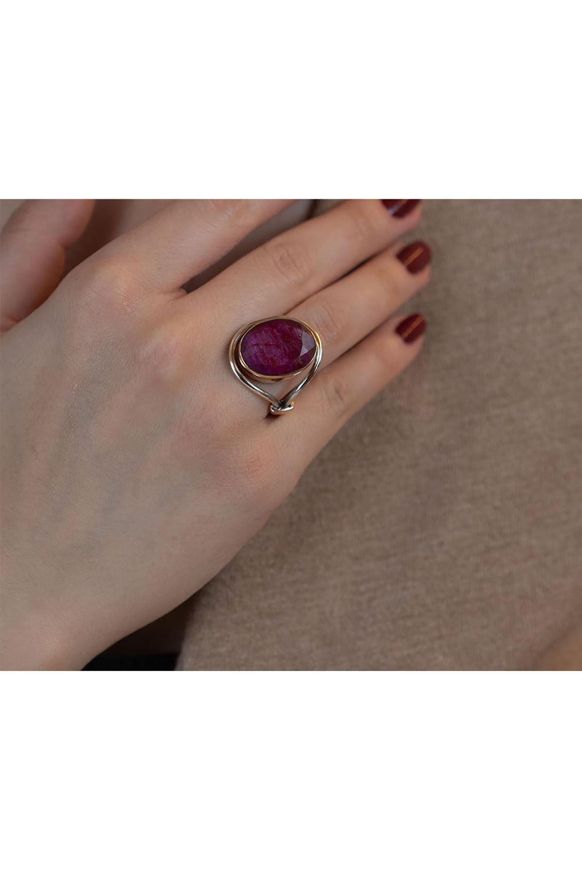 Necati Gün Kök Yakut Taşlı Gümüş Tasarım Otantik Kadın Yüzüğü 1